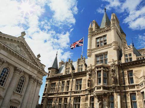 史上首次!中国学生可用高考成绩申请英国著名大学