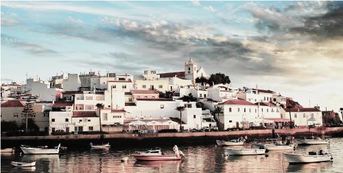 葡萄牙买房具体会涉及哪些税费?