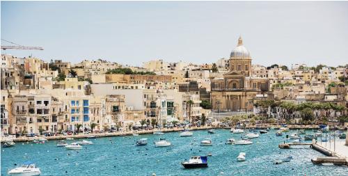 塞浦路斯投资移民对申请人有何申请条件约束?